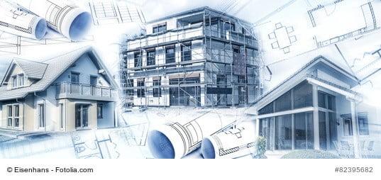 Rohbau einer Gewerbeimmobilie mit Plänen und Skizzen für die Wertermittlung