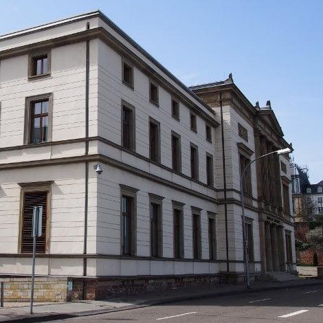 Landtag Saarbrücken von der Seite