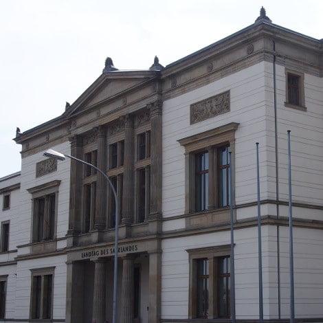 Landtag Saarbrücken von vorne