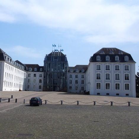 Schloss Saarbrücken von vorne