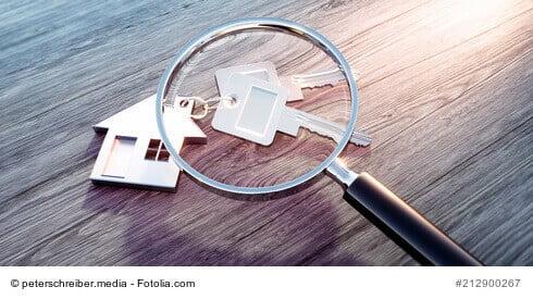 Wer eine Gewerbeimmobilie privat nutzen möchte, muss sich darüber informieren, ob es erlaubt ist.